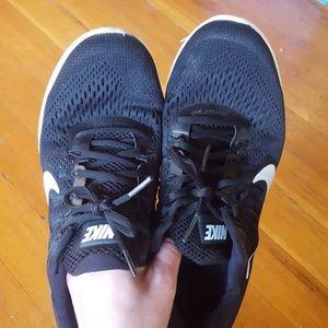 Size 9 Nike Lunarglide 8